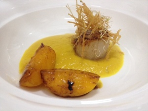 scallop and peach